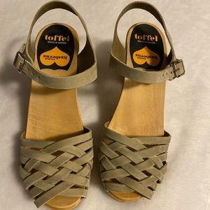 WORN ONCE Hasbeens open-toed high heel sandals